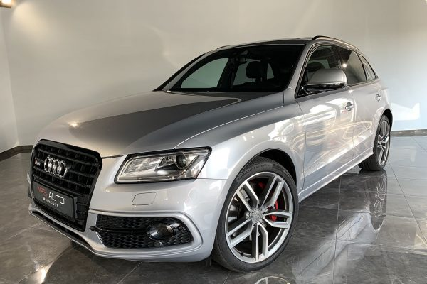 01--AUDI-SQ5-COMPETITION-326